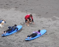 raglan-beach-surfing-lesson-copy